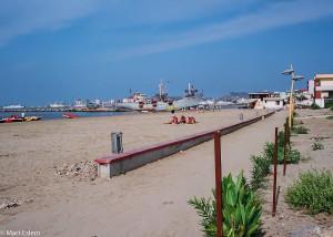 Koš nekoš na pláži Potěmkina v Dürresu (Mart Eslem)