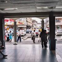 Pondělní šrumec v ulicích Georgetownu (Mart Eslem)
