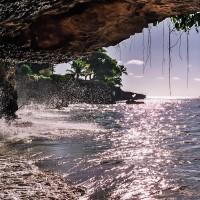 Podemletý břeh na ostrově Tobago (Mart Eslem)