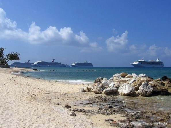 Cruise ships in Caribbean