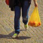 cobro obligatorio de bolsas de plástico