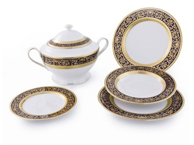 Completo Piatti modello Classico in porcellana con decoro Oro e Blu Royal