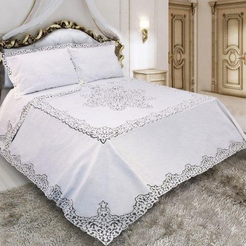 Trittico Primoletto realizzato in puro lino bianco con lavorazione a mano ad Intaglio Prestige
