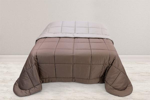 trapunta piazzata raso puro cotone colore sabbia tortora design semplice moderno