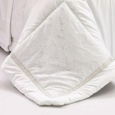 dettaglio trapunta bianco sposa