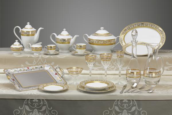 Coordinato piatti bicchieri vassoi decoro classico oro Royal