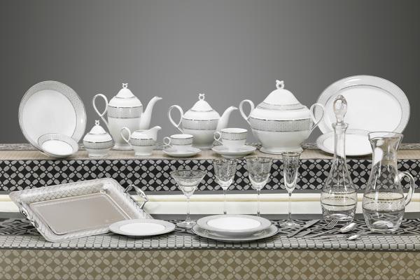 Coordinato piatti bicchieri e vassoi decorati filo platino grigio - Carisma
