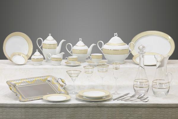 Coordinato piatti bicchieri e vassoi decorato filo oro classico Carisma