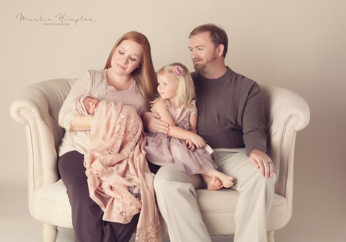 newborn clothes need baby blog pictures portraits frisco tx 75033