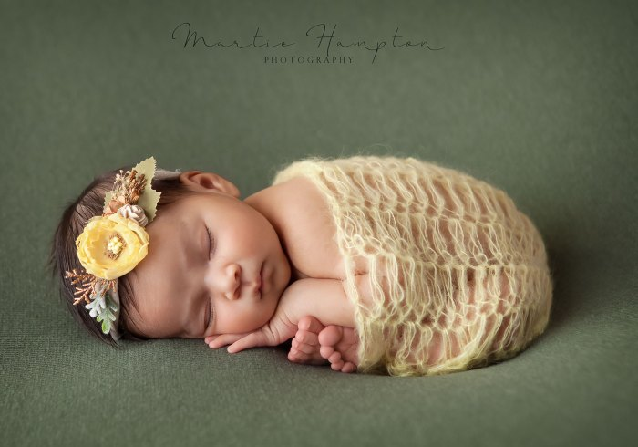 newborn pictures ideas best award winning baby frisco dfw girl
