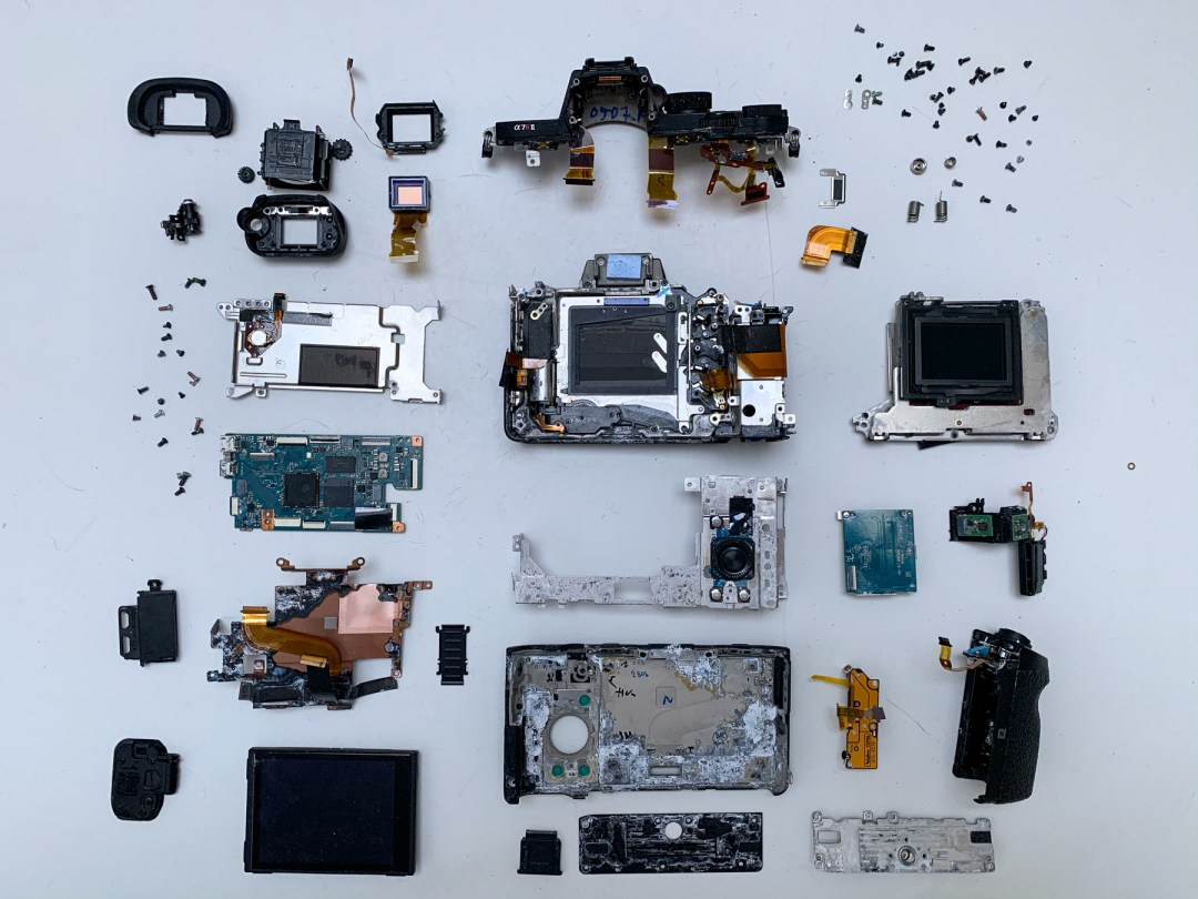 Sony A7RII teardown