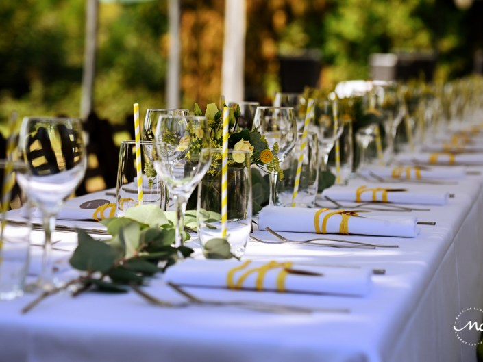 Rustic yellow wedding table decor. Heidelberg Wedding in Germany. Martina Campolo Photography