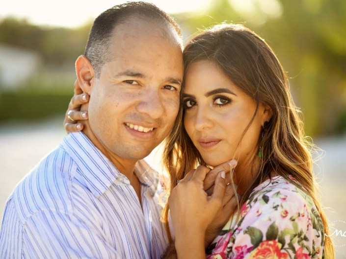 Couples portraits close up with natural light. Playacar Anniversary Photos by Martina Campolo Photography