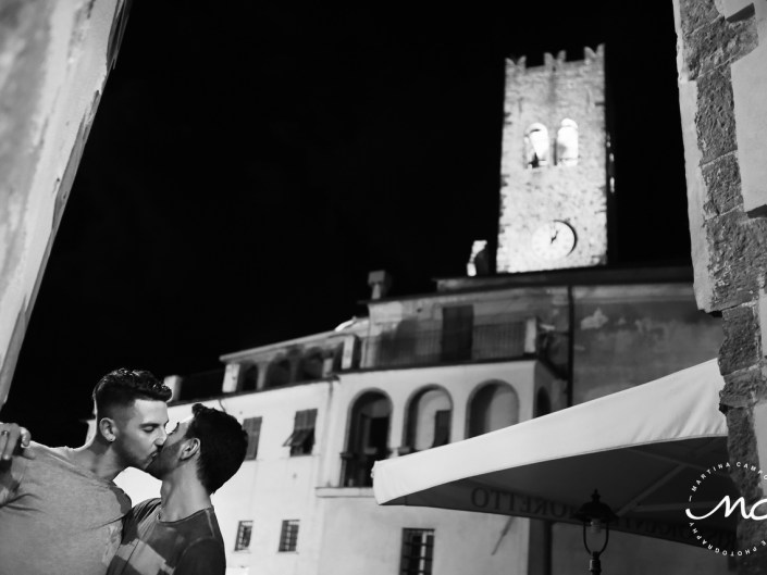 Black and White engagement portraits in Cinque Terre, Italy. Martina Campolo Photography