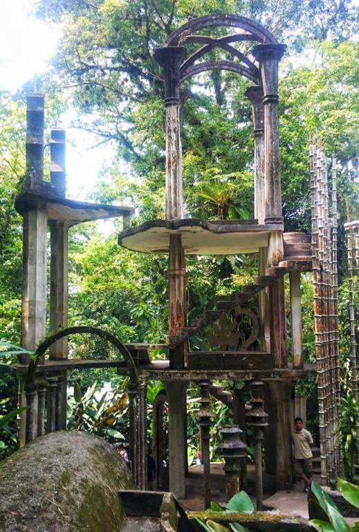 Incredible palatial sculptures at Las Pozas