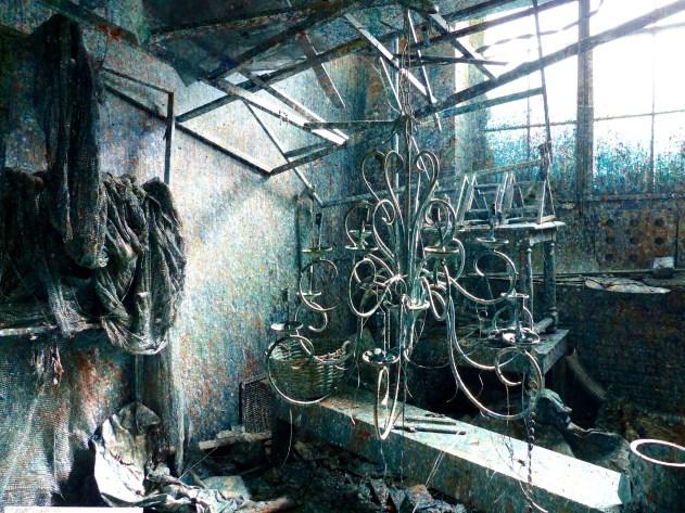 chandelierpaintroom