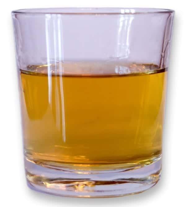(Por si no se nota): Vaso de Whiskey. Crédito: Chris huh - Trabajo propio. Wikipedia
