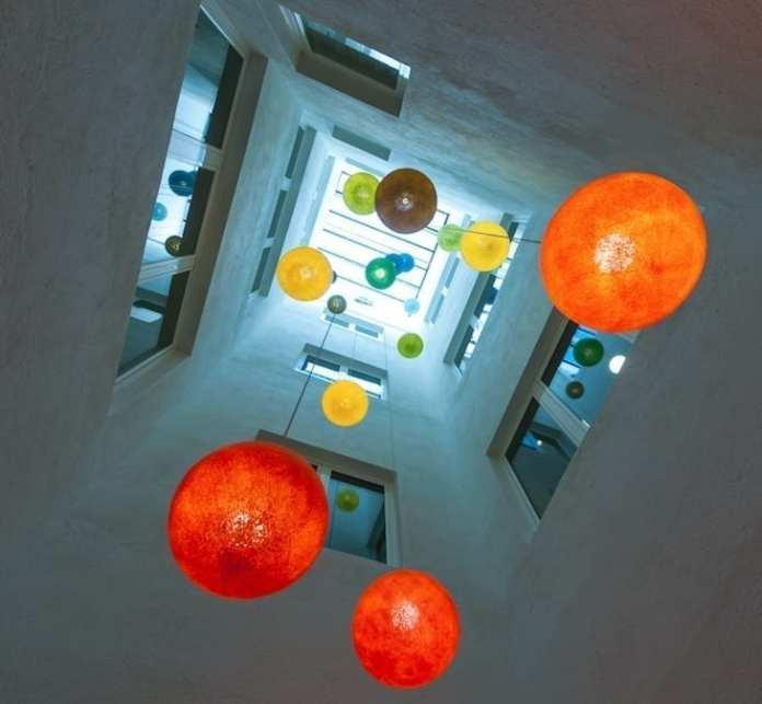 El Hotel Reding Croma acentúa la filosofía de luces y colores para convertirse en un hotel único