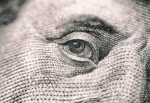 Independencia y Dólares