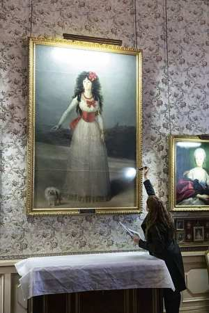 XIII Duquesa de Alba, de Goya
