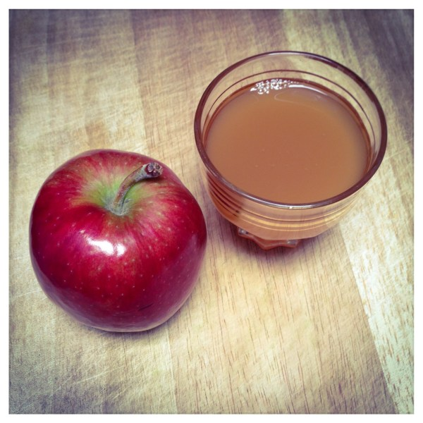 Appel thee sap - Apple tea juice