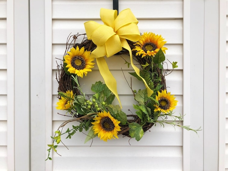Sunflower Wreath - Etsy - Custom Decor - Martin's Home & Garden - Murfreesboro TN