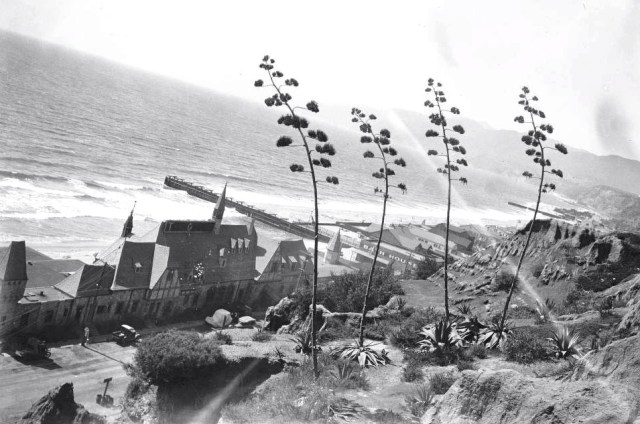 Gables Beach Club, Santa Monica beach