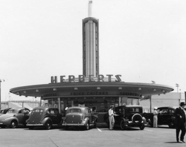Herberts-drive-in-1940s