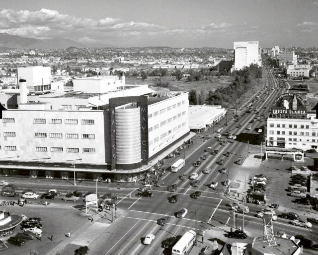 May Company department store and Simon's Drive-in, corner Wilshire & Fairfax, circa 1940s