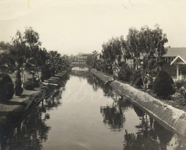 Coral Canal (now Main Street), Venice Beach, California, circa 1920s