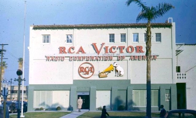 RCA Victor 1510 N. Vine St, Hollywood, just north of the NBC Studios, 1949