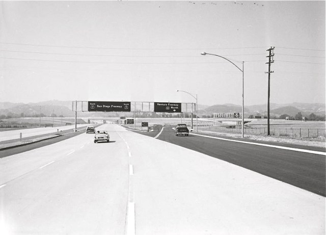 The San Diego freeway (405 north) meets the Hollywood freeway (101) in 1958 1