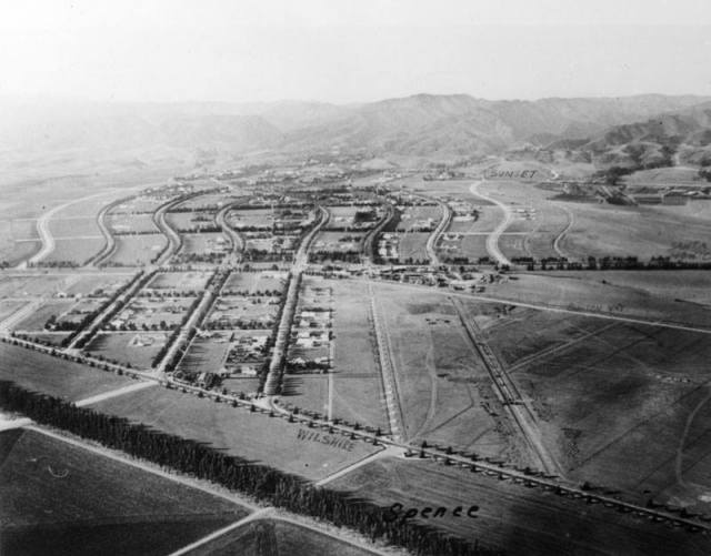 Aerial shot of Beverly Hills, 1919