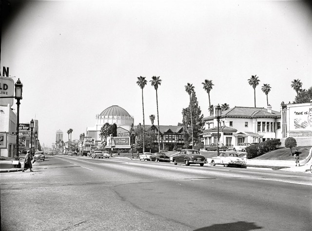 Looking west from the corner of Wilshire Blvd & Ardmore Ave, Los Angeles