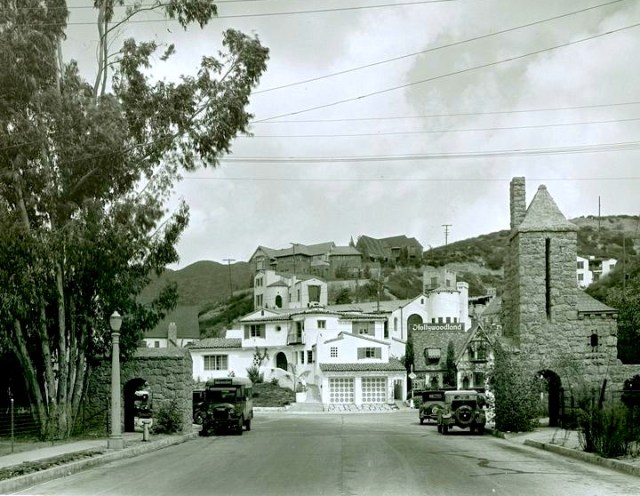 Entrance to Hollywoodland, 1927
