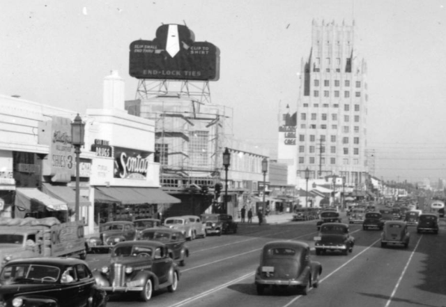 Wilshire Blvd at Cloverdale Ave, 1940