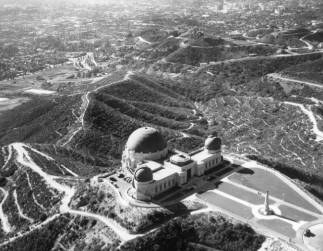 Aerial view of Griffith Observatory and vicinity, 1936
