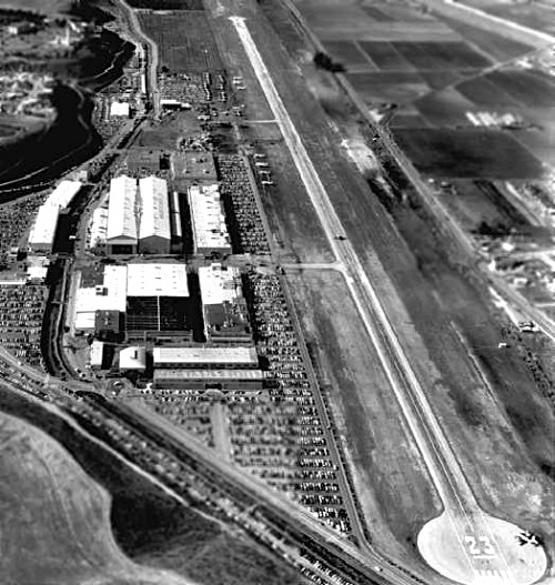 Howard Hughes' private airport, Culver City, Los Angeles ( 1940 until 1985)