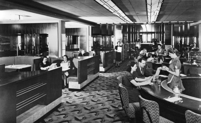 Inside the Biltmore Hotel coffee shop (1952)