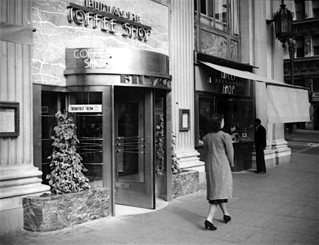 Biltmore Coffee Shop at Fifth and Grand, downtown Los Angeles, 1939