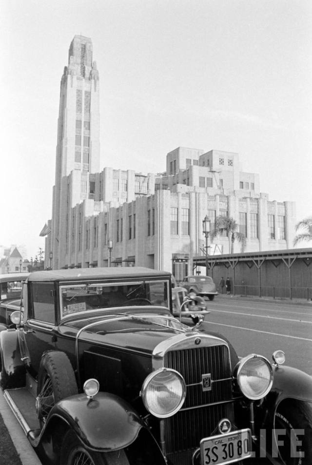1938 Cadillac in front of Bullocks Wilshire -1