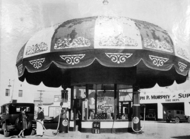 The Umbrella Service Station, General Petroleum Gas on La Brea Ave, circa 1930
