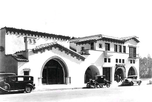 Brown Derby restaurant, Vine St, Hollywood, 1929