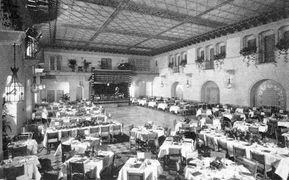 Blossom Room at the Hollywood Roosevelt in Los Angeles when it hosted the first Academy Awards in 1929