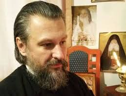 """Părintele Claudiu Buză: """"Câtă vreme ținem calea Sfinților nu avem de ce să ne temem"""""""