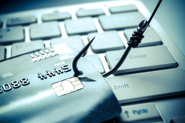 Despre necesitatea împotrivirii la actele electronice