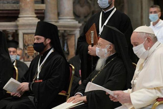 Pseudoierarhie rusă și română, alături de minciuno-patriarhul Bartolomeu, toți cu mască, în rugăciune comună cu eretici și păgâni