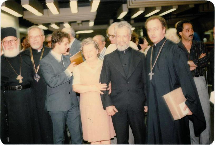 18-parintele-gheorghe-calciu-marturisitorii-ro-in-sua-jfk-nyc-9-august-1985-pr-roman-braga