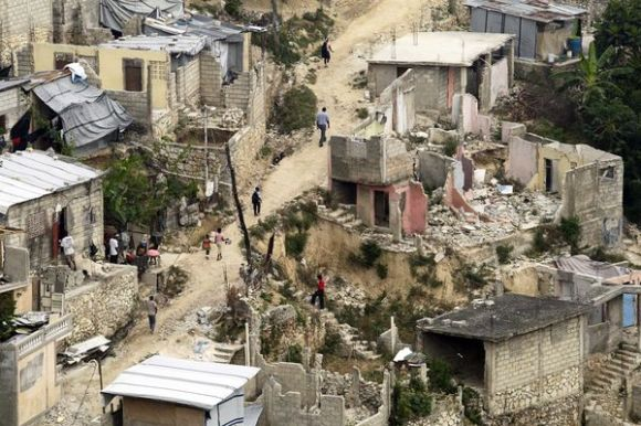 haiti earthquake rubble houses