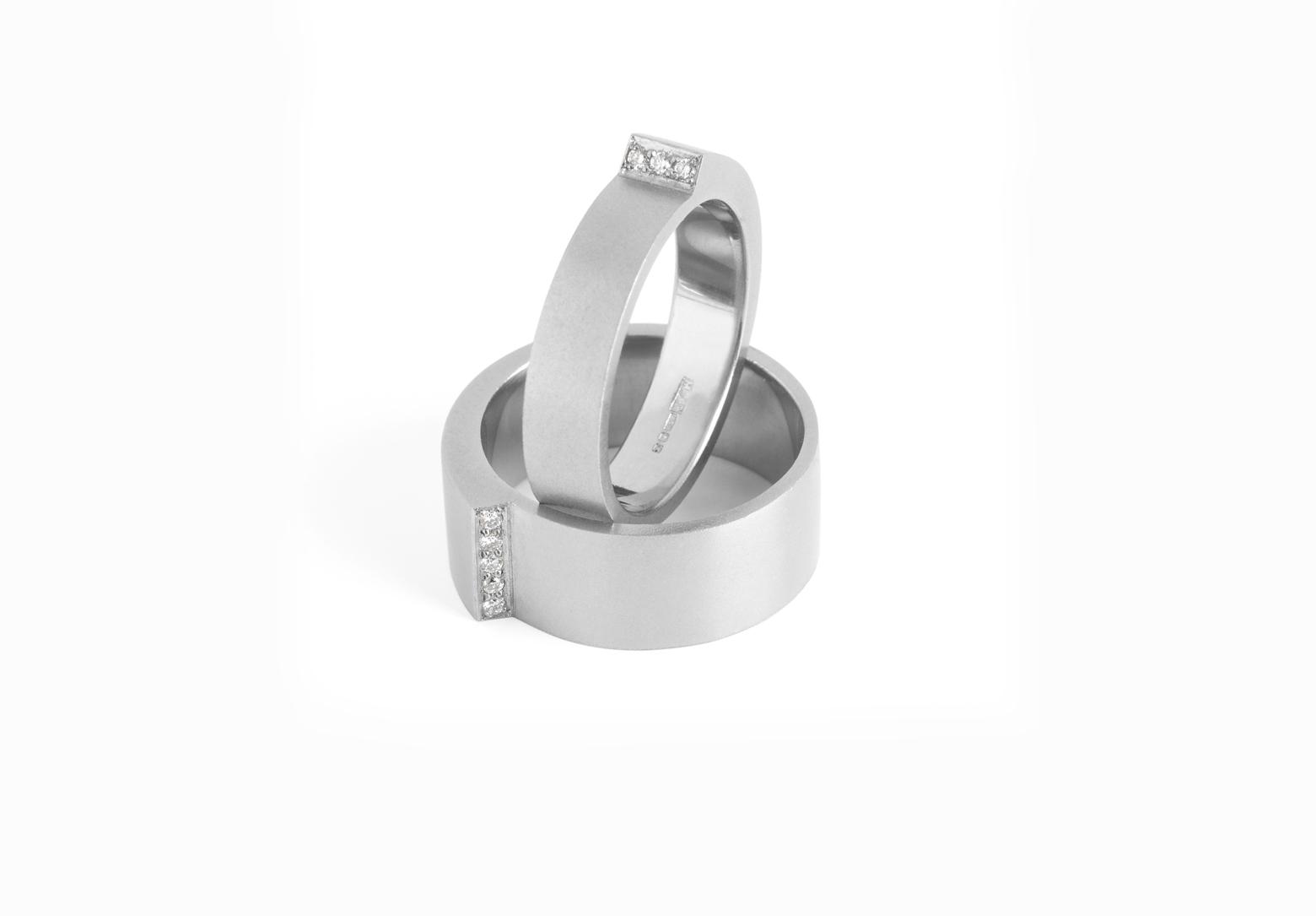 Step Wide Diamond Ring